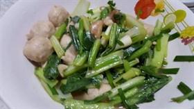 ผัดผักกวางตุ้งลูกชิ้น